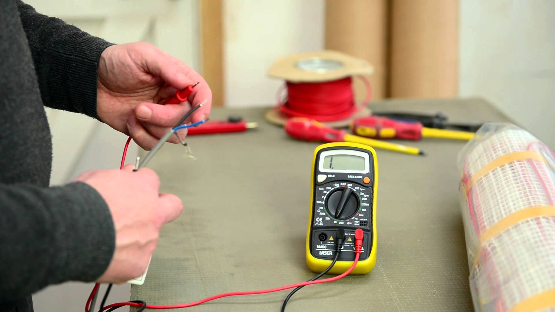 multimeter testing and commissioning your electric underfloor heating devi underfloor heating wiring diagram at soozxer.org